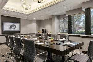 A restaurant or other place to eat at Hilton Orlando/Altamonte Springs