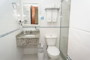 A bathroom at Hotel The Premium