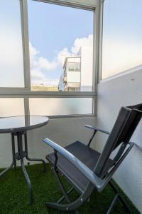 A balcony or terrace at O Veleiro by MP