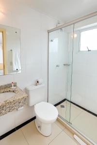 A bathroom at Hotel Express Terminal Tur - Rodoviária Porto Alegre