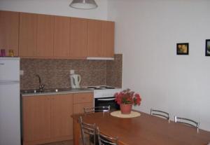 Η κουζίνα ή μικρή κουζίνα στο Maistrali