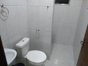 A bathroom at Lar da Tamara