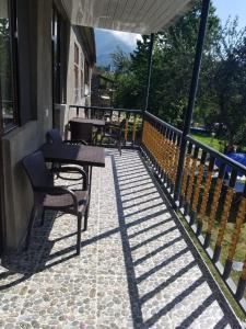 Балкон или терраса в Guest House Adelina