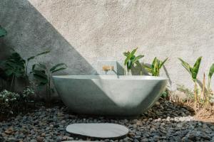 A bathroom at Villa Madita Lombok