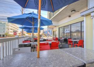 Sea Bay Hotelにあるレストランまたは飲食店
