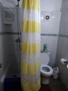 Un baño de Hostal Buena Vista
