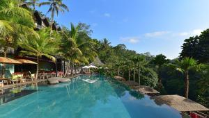 The swimming pool at or near Chapung Sebali