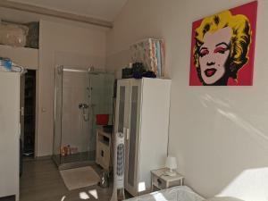 A bathroom at Chez Dane