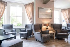 A seating area at Comfort Hotel Great Yarmouth