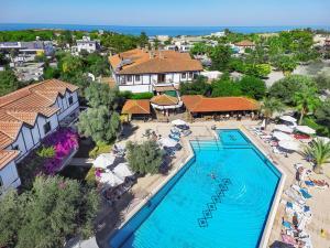 A bird's-eye view of Ship Inn Boutique Hotel & SPA & Restaurant near the beach