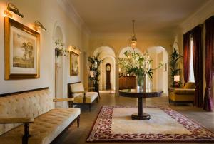 The lobby or reception area at Castlemartyr Resort Hotel