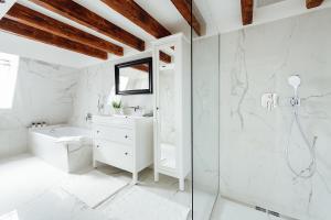 Kúpeľňa v ubytovaní Loft v historickom centre