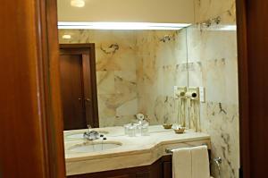 A bathroom at Hotel Rural Quinta de Santo Antonio