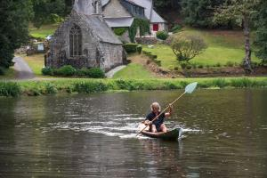 Canoeing at the bed & breakfast or nearby
