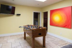 A pool table at Newer Ranch with Pool and Hot Tub near the Strip and Freemont street.