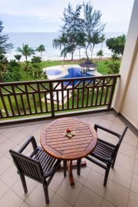 A balcony or terrace at Sabah Beach Villas & Suites