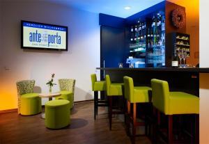 De lounge of bar bij ante porta DAS STADTHOTEL