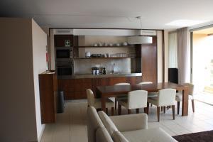 A kitchen or kitchenette at Herdade dos Salgados
