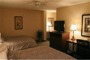 A bed or beds in a room at Homewood Suites By Hilton Montgomery EastChase