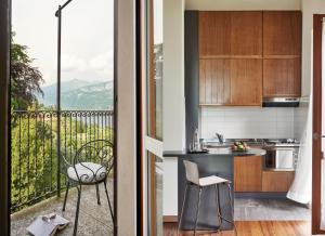 A kitchen or kitchenette at Hotel Belvedere