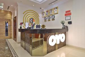 The lobby or reception area at OYO 101 Click Hotel