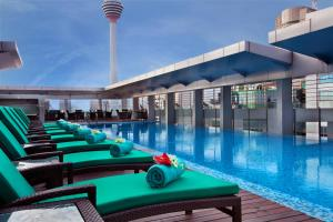 The swimming pool at or close to PARKROYAL Serviced Suites Kuala Lumpur