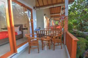 A balcony or terrace at Saren Villa