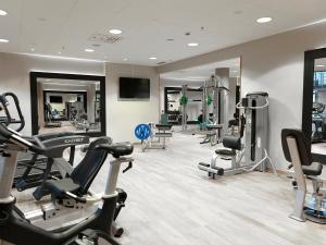 The fitness center and/or fitness facilities at Hotel Skansen Båstad