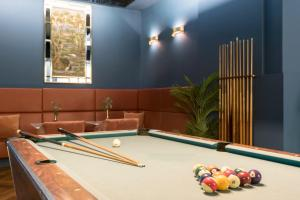 A pool table at Savoy Hotel Amsterdam