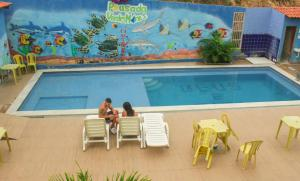 The swimming pool at or close to Pousada Verdes Mares