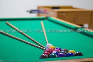 A billiards table at Pousada Verdes Mares
