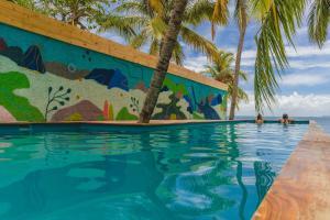 Piscine de l'établissement Nomads Hotel & Beachclub ou située à proximité