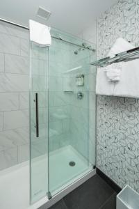 A bathroom at Park City Peaks