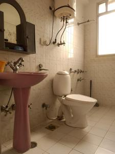 A bathroom at ANTARA by Sturmfrei