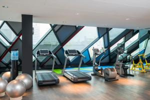 The fitness center and/or fitness facilities at SO/ Vienna