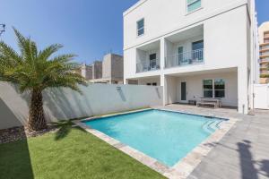 5703A Gulf Blvd (Casa Santiago A)