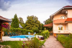 The swimming pool at or near Katarina
