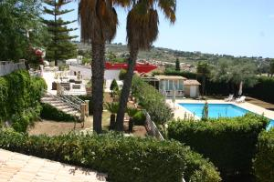 A view of the pool at Villa Teresa or nearby