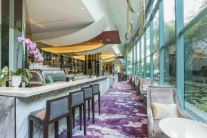 Piscina di Chatrium Hotel Riverside Bangkok o nelle vicinanze