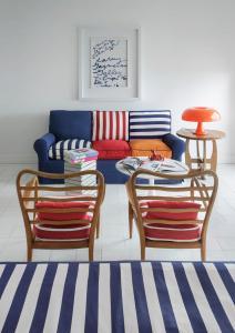 A seating area at Maison La Minervetta