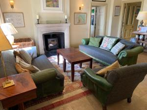 A seating area at Collingwood Arms Hotel