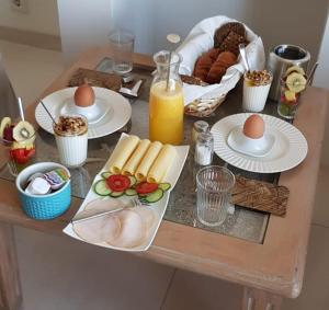 Breakfast options available to guests at ZEN b & b