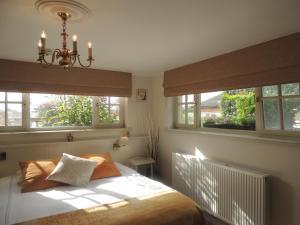 A bed or beds in a room at Bed & Breakfast Het Zilte Zand - Westende - Middelkerke - De Kust