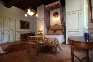 Coin salon dans l'établissement Château de Varennes