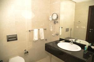 Um banheiro em Mora Hotel