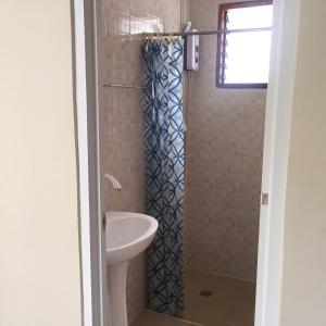 A bathroom at D's Oceanview Beach Resort