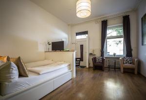Ein Sitzbereich in der Unterkunft Nena Apartments - Bergmannkiez ehm Traumbergflats