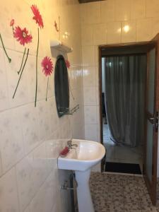 A bathroom at Villa contemporaine