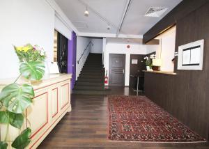 The lobby or reception area at Hôtel Napoléon
