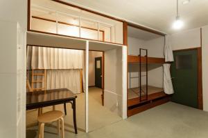 筥崎荘々にある二段ベッド